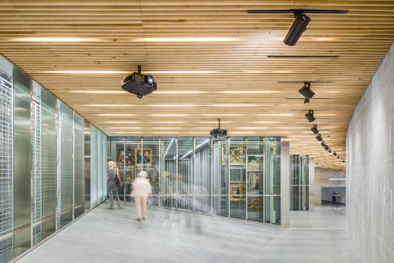 Processoffice and Andrius Skiezgelas Architecture